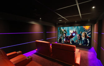Salle de cinéma privé à la maison